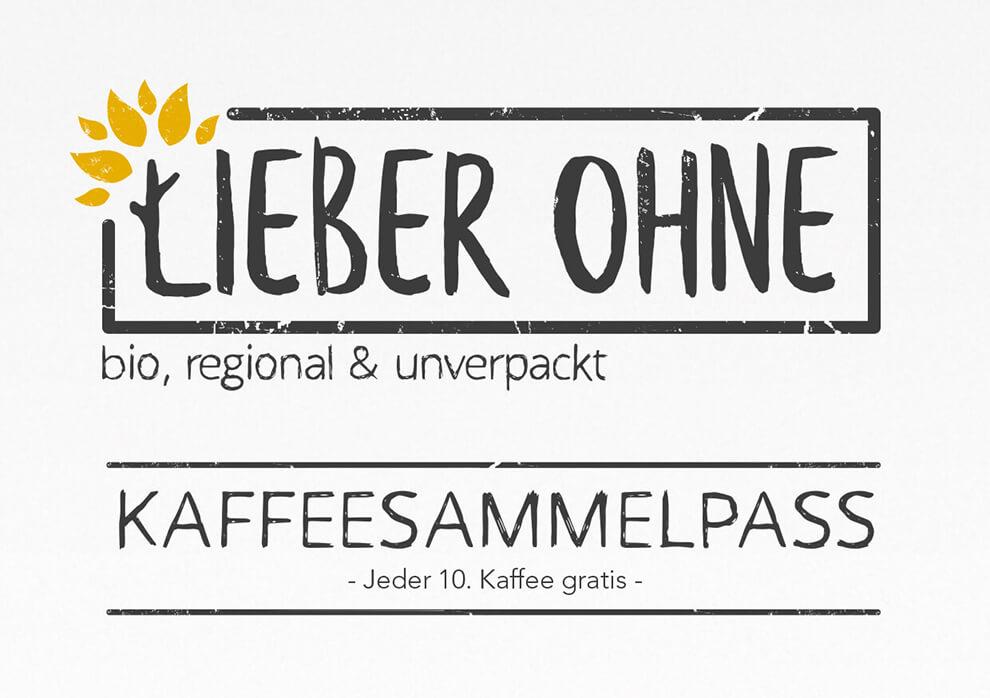 """Eine Karte im Querformat mit dem Logo von Lieber Ohne und dem Text """"Kaffeesammelpass – Jeder 10. Kaffee gratis"""""""